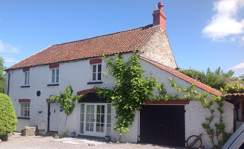 The Coach House in Backwell self-catering cottage near Bristol