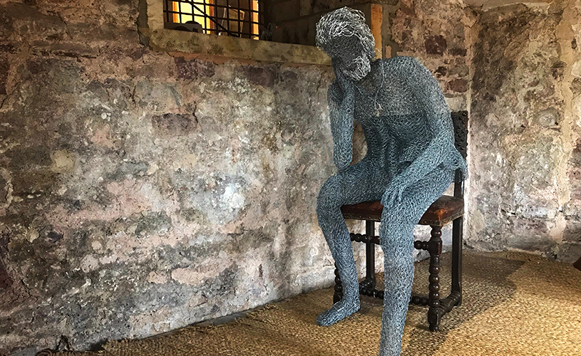 Wire sculpture in Edward II's cell at Berkeley Castle