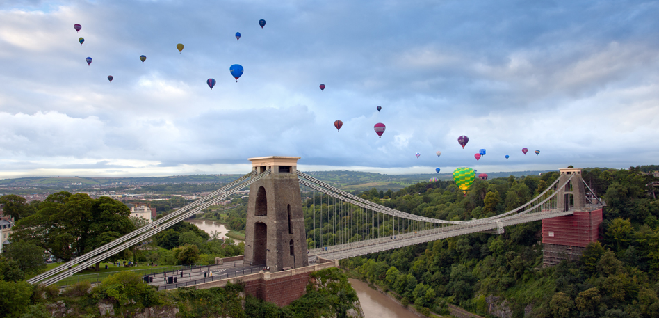 Clifton Suspension Bridge on the morning of the Bristol Balloon Fiesta launch