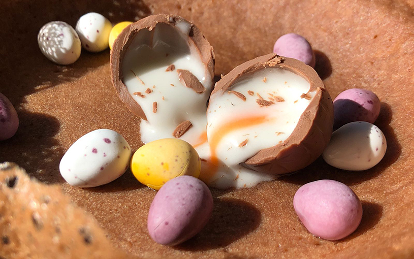 Easter Creme Egg Hopper from The Coconut Tree