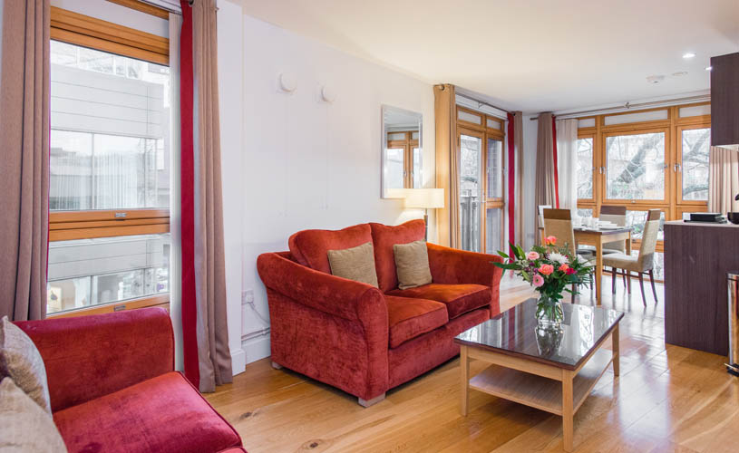 Serviced apartment by Premier Suites Plus Bristol Cabot Circus