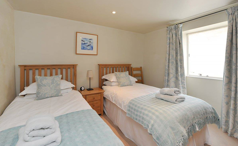 Twin bedroom at Park Farm Country Cottages near Bristol