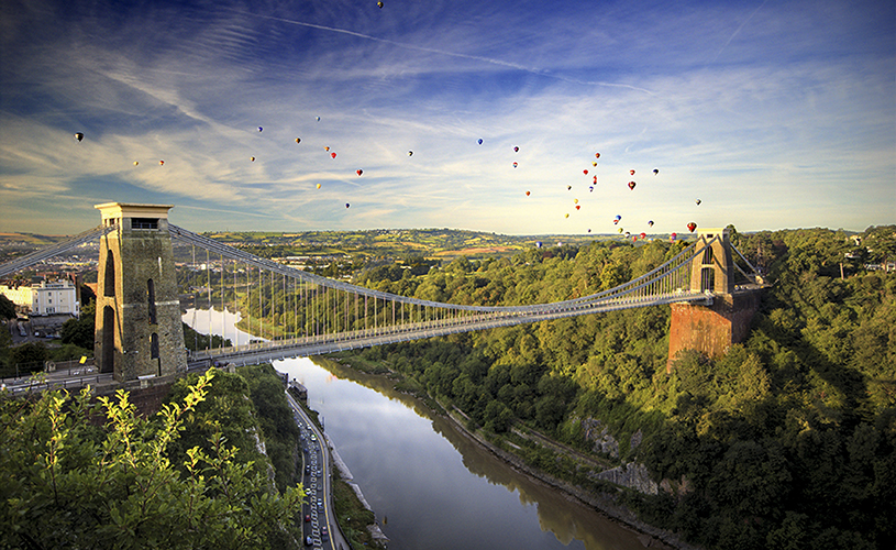 Hot air balloons flying over Clifton Suspension Bridge by Gary Newman