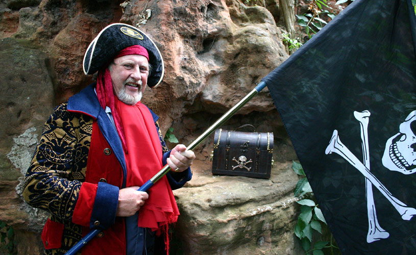 Pete the Pirate, pirate walks Bristol - how to have a pirate themed day out in Bristol