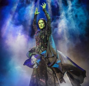 Review: Wicked at Bristol Hippodrome