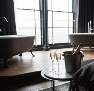 Suites for my sweet: romantic places to stay in Bristol