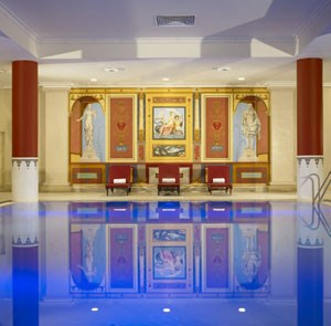 Hotels with swimming pools in Bristol: Marriott Royal Hotel pool | Pool