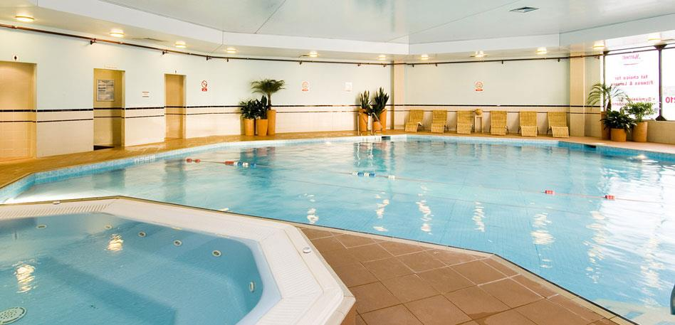 hotels with swimming pools in bristol