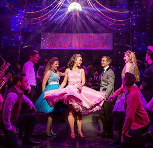 Review: Dreamboats and Petticoats at Bristol Hippodrome