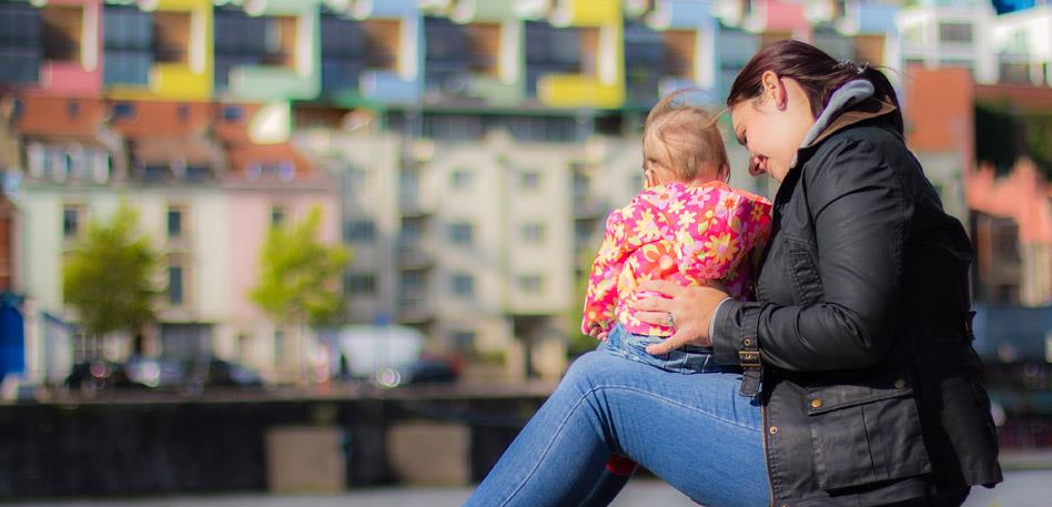 Bristol for Families: Mother and Baby on Harbourside - Credit Daniel Andres