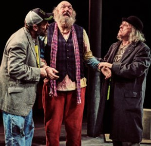 Review: Waiting for Godot at Tobacco Factory Theatres