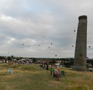 Hot air balloons over Troopers Hill Bristol