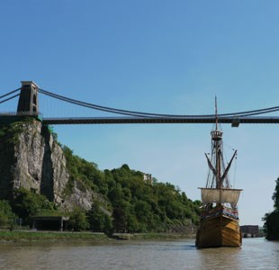 The Matthew sailing underneath Clifton Suspension Bridge