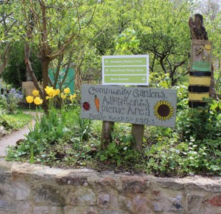 Community garden area at Windmill Hill City Farm