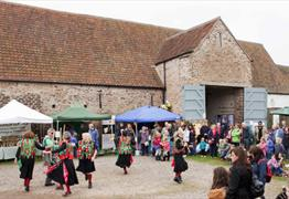 Orchard Harvest Day at Winterbourne Medieval Barn