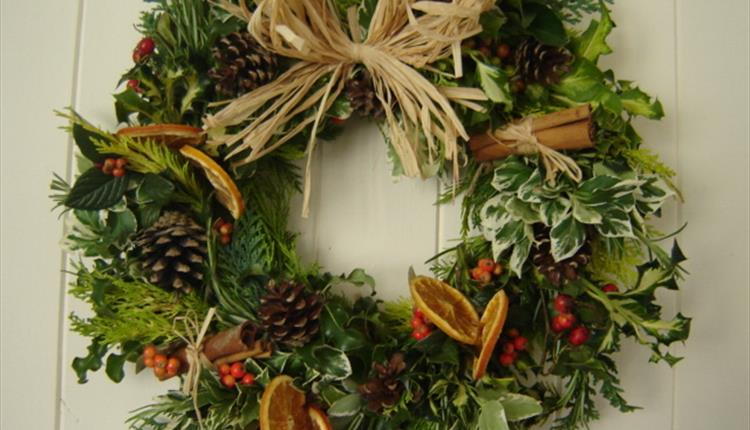 Christmas Wreath Making at American Museum in Britain