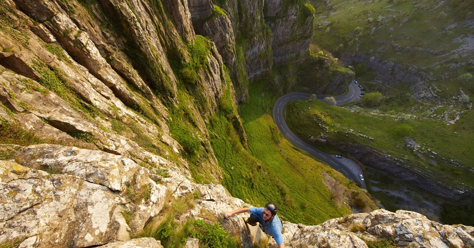 Cheddar gorge caves visit bristol - Cheddar gorge hotels with swimming pools ...