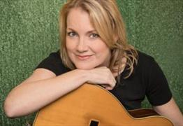 River Town: Kelly Willis at Redgrave Theatre