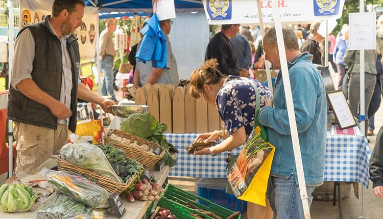 Seasonal food and craft markets at Tyntesfield