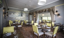 Acorn Restaurant at Mercure Bristol North
