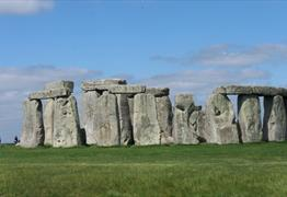 Stonehenge, Wells Cathedral and the Medieval City of Wells with Greenman tours